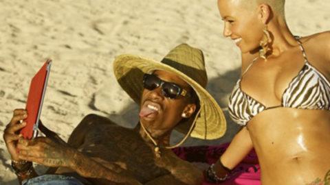 Amber Rose and Wiz Khalifa Vacation in Hawaii